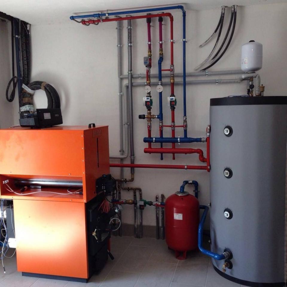 Idraulica Menatti: caldaia biomassa